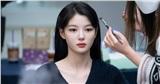 Kim Yoo Jung đẹp tựa nữ thần sau hậu trường: Chuẩn 'em gái quốc dân' xứ Hàn!