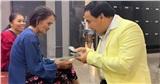 MC Quyền Linh khiến dân mạng xúc động khi vay tiền mặt tặng người nghèo