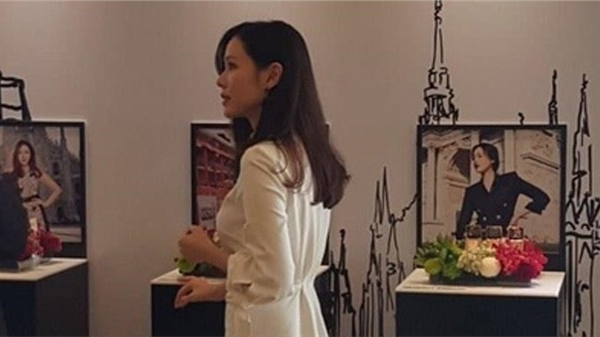 Son Ye Jin bị chụp lén bằng camera thường, nhan sắc và body có thực sự đẹp như được tung hô?