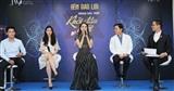 Hoa Hậu Hương Giang đội mưa làm giám khảo 'Nhan sắc mới – Khởi đầu mới'