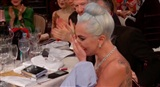 Khoảnh khắc lịch sử Hollywood: Lady Gaga rơi nước mắt, ôm Taylor Swift khi nhận giải Quả Cầu Vàng 2019