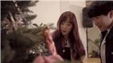 Fan thích thú khoảnh khắc Taeyeon (SNSD) lén đến nhà fan, tặng quà và trang trí cả cây thông Noel