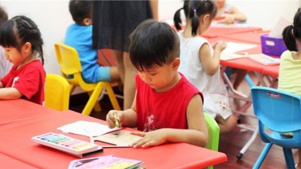 http://tiin.vn/chuyen-muc/hoc/con-ve-mot-con-cho-biet-bay-va-bi-co-giao-bat-ve-lai-nguoi-me-co-cach-xu-tri-tinh-te-den-muc-cac-chuyen-gia-cung-phai-khen-ngoi.html