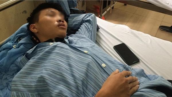Vụ 3 học sinh THPT Mỹ Đức C bị đánh hội đồng: 'Con tôi mang dao để dọa chứ không hành động thiếu suy nghĩ'