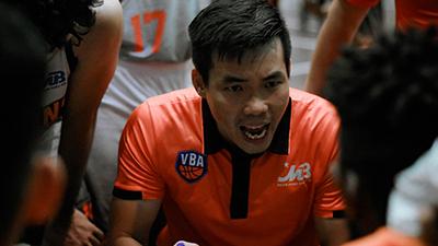 HLV Phan Thanh Cảnh thừa nhận 'may mắn' với chiến thắng trước Cantho Catfish