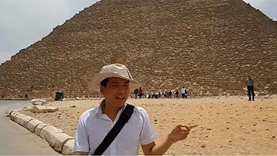 Khoa Pug tuyên bố là Youtuber Việt Nam đầu tiên 'chi tiền tấn' review Kim Tự Tháp, Ai Cập