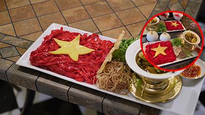 Tô mì Quảng in hình quốc kì được nấu để cổ vũ Việt Nam trước trận cầu lịch sử gặp Thái Lan