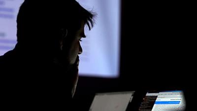 Sốc: Nhân viên Yahoo tấn công 6.000 tài khoản để tìm ảnh nhạy cảm