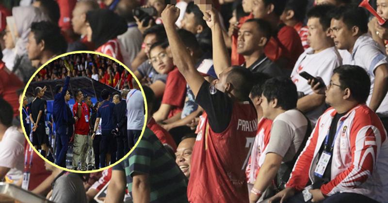 'Sôi tiết'vì đội nhà trắng tay, CĐV Indonesia có hành động phản cảm hướng về ban huấn luyện U22 Việt Nam