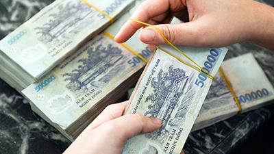 Thưởng Tết 2020: Người cầm 3,5 tỷ về mua xế xịn, người ngậm ngùi nhận 30.000 đồng
