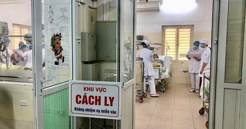 TIN MỚI NHẬN: Diễn biến sức khỏe của 3 ca nặng Covid-19 tại nước ta: Bác của BN 17 đang thở máy, Phi công hãng VNA nguy kịch