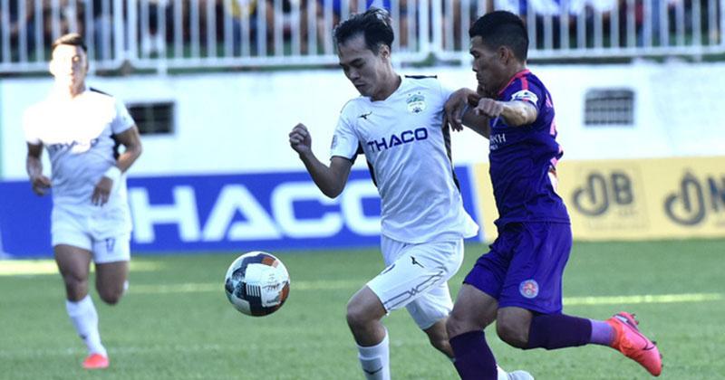 Bị Sài Gòn cầm chân, HLV HAGL tố đối thủ chơi tiểu xảo, không đẹp mắt