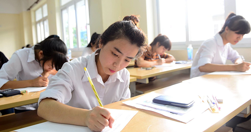Không thể tổ chức thi tốt nghiệp riêng cho học sinh có nguyện vọng du học