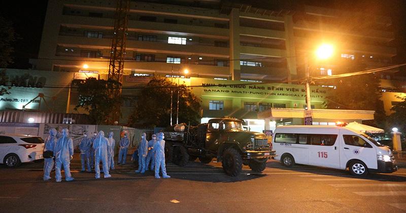 2 bệnh nhân ở Đà Nẵng được chuyển ra BV Trung ương Huế điều trị trong tình trạng rất nặng