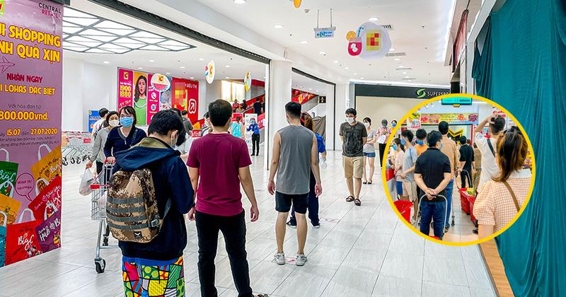 Trước khi lệnh hạn chế đi chợ được áp dụng, người Đà Nẵng đến siêu thị mua hàng