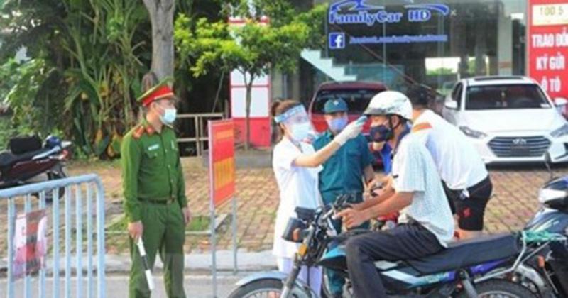 Ăn uống tại ổ dịch COVID-19 mà không khai báo, Phó Giám đốc Bảo Việt Nhân thọ Hải Dương bị xử phạt