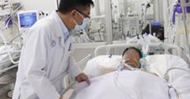 Thêm một nạn nhân nhập viện vì ngộ độc sau khi ăn pate Minh Chay được ghi nhận, hiện đang phải lọc máu