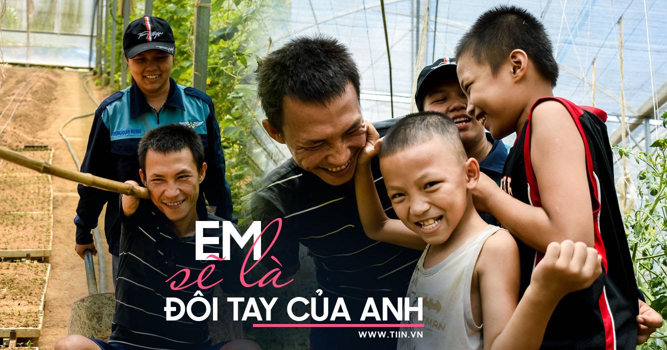 http://tiin.vn/chuyen-muc/yeu/em-se-la-doi-tay-cua-anh-co-gai-gia-lai-theo-chang-ve-da-nang-gia-tai-sau-10-nam-la-moi-tinh-khac-cot-ghi-tam.html