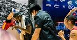 Joshua Keyes (Saigon Heat) bất ngờ nhận quà tặng bá đạo từ đồng đội
