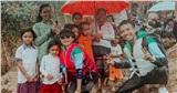 Đại gia Minh Nhựa âm thầm cùng vợ vào Quảng Bình cứu trợ bà con sau lũ lụt, hình ảnh ông bố 2 con lấm lem bùn đất khiến dân tình xúc động vô cùng