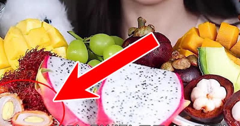 Netizens Việt phát cáu với cách bổ chôm chôm của nữ YouTuber mukbang Hàn, nhìn vội còn bị nhầm là… 'quả trứng luộc có gai'