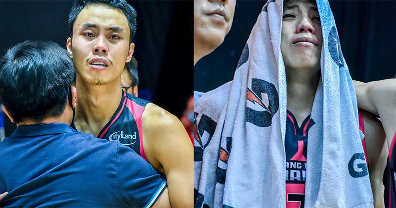 Lỡ hẹn với ngôi vương VBA 2020, cầu thủ Thang Long Warriors bật khóc