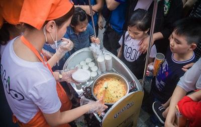 Giới trẻ trải nghiệm ăn, làm đẹp, du lịch 'kiểu' Hàn ngay tại Hà Nội
