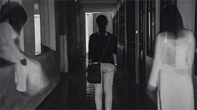 Ký sự 'bắt ma' ở trường (P3): Bóng trắng bí ẩn trong nhà vệ sinh