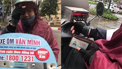 Trả 500k xe ôm cho quãng đường 8km, cô gái hốt hoảng 'lương tâm con người để đâu?'