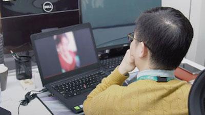 Nghề đang hot ở Trung Quốc: 'Lao công' online căng mắt xem livestream để dọn dẹp nội dung xấu, từ hút thuốc, xăm trổ đến ăn mặc mát mẻ