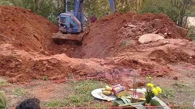 Vụ thi thể phụ nữ cuốn chăn phân hủy mạnh dưới giếng hoang: Người chồng khai giết vợ, rồi ném xác phi tang