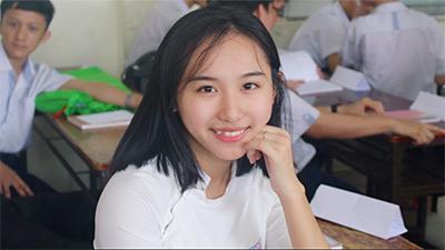 Lộ diện nữ sinh giành điểm 10 Hóa duy nhất của TP. Hồ Chí Minh trong kỳ thi THPT Quốc gia