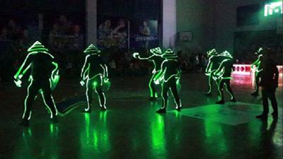 Mãn nhãn với tiết mục Led Dance lần đầu tiên được trình diễn tại VBA