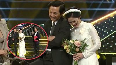 Cuối cùng fan 'Về nhà đi con' cũng thỏa lòng, bố Sơn và cô Hạnh về chung 1 nhà, sổ đỏ cũng về tay