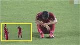 Thua thảm 3 bàn không gỡ, cầu thủ Indonesia ngồi khóc giữa sân cỏ sau trận chung kết