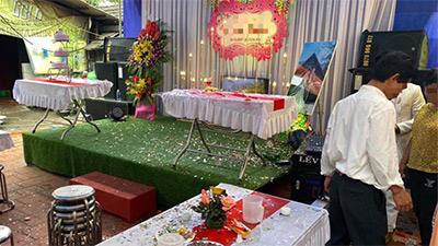 Vụ việc chú rể phá tan tiệc cưới vì bố từ chối uống rượu: Phải chăng có lý do đằng sau liên quan đến việc 'bảo vệ cô dâu'?