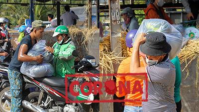 Người Sài Gòn đội nắng 'giải cứu' dưa hấu giúp nông dân: Hành động đẹp giữa 'bão dịch' Corona