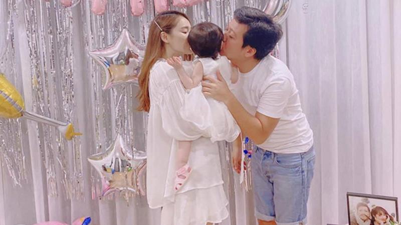 Lần đầu tiên Trường Giang hé lộ hình ảnh con gái nhân dịp sinh nhật tuổi 37