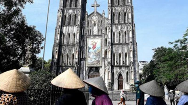 Việt Nam hậu giãn cách xã hội trong mắt truyền thông nước ngoài