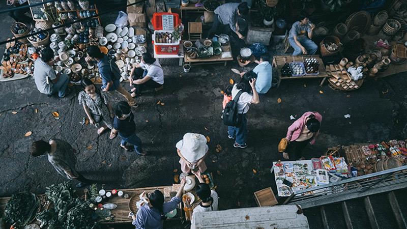 Ghé 'phiên chợ quê' giữa lòng Sài Gòn: Góc nhỏ bình yên của người lớn và trẻ em phố thị