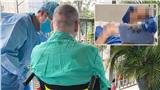 Phi công Anh ngồi xe lăn tắm nắng mỗi sáng, tỉnh táo hoàn toàn