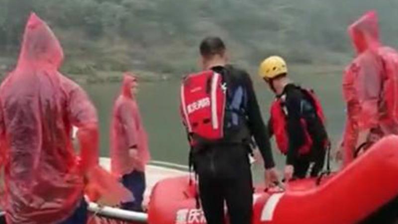 Vụ 8 học sinh chết đuối thương tâm ở Trung Quốc: Em trai ngã xuống nước, chị gái cùng 6 người bạn nhảy xuống cứu và xảy ra thảm kịch