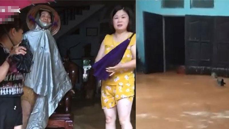 Lũ lớn ở Hà Giang, người dân bất lực nhìn nước tràn vào nhà: Đồ đạc bị cuốn trôi hết rồi