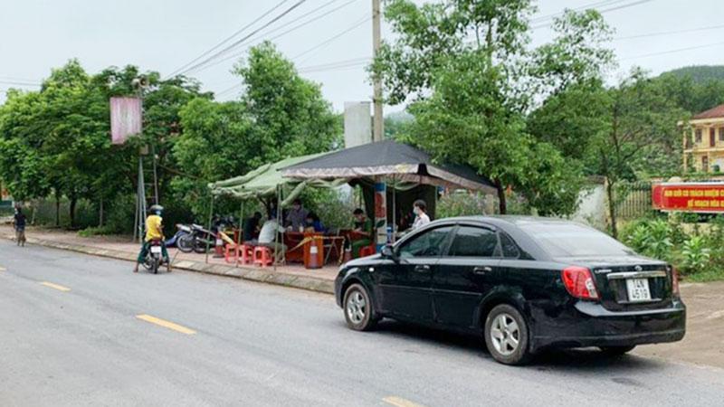 Lạng Sơn phát hiện ca nghi nhiễm Covid-19 đầu tiên: Du lịch Đà Nẵng về, cách ly một khu phố ở thị trấn Đình Lập