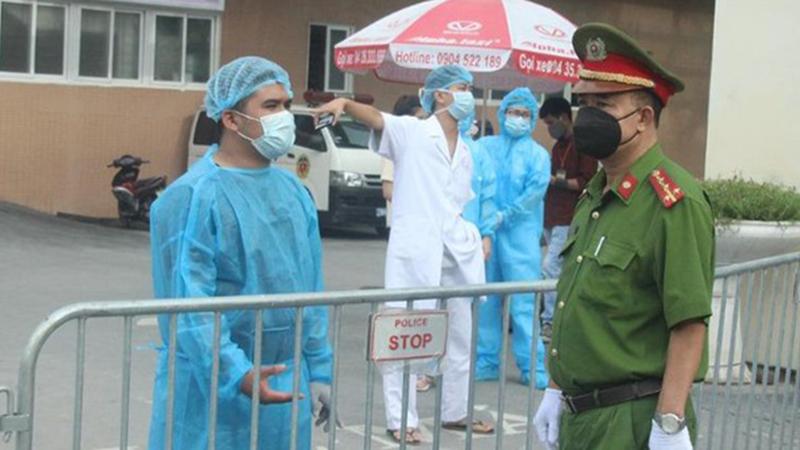 Đã tìm thấy tài xế chở ca mắc Covid-19 từ ga Hà Nội về phố Bà Triệu