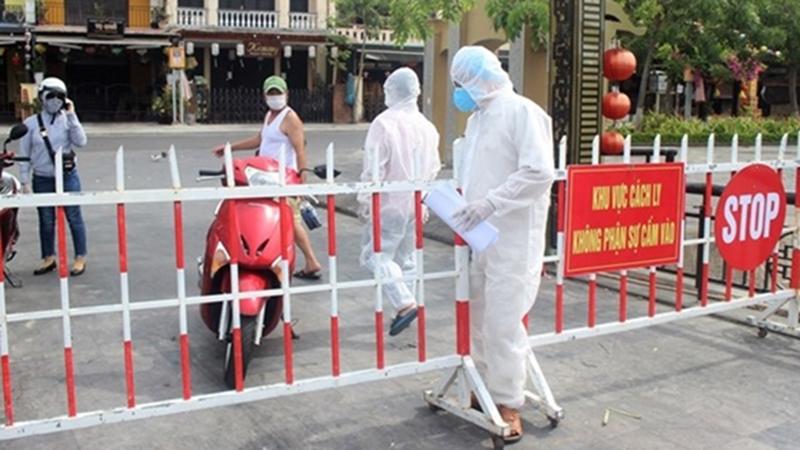 Lịch trình của nữ nhân viên tổng đài taxi ở Đà Nẵng mắc Covid-19: Tiếp xúc nhiều người nhà, bố đẻ nhiễm bệnh trước đó