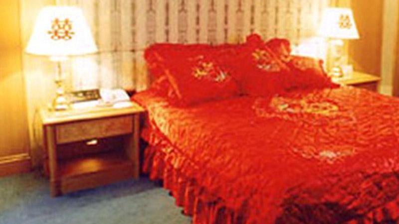 Bí quyết bố trí phòng ngủ giúp tình cảm vợ chồng hòa hợp, không có 'tiểu tam' chen chân và cải thiện tài vận ngày càng dồi dào
