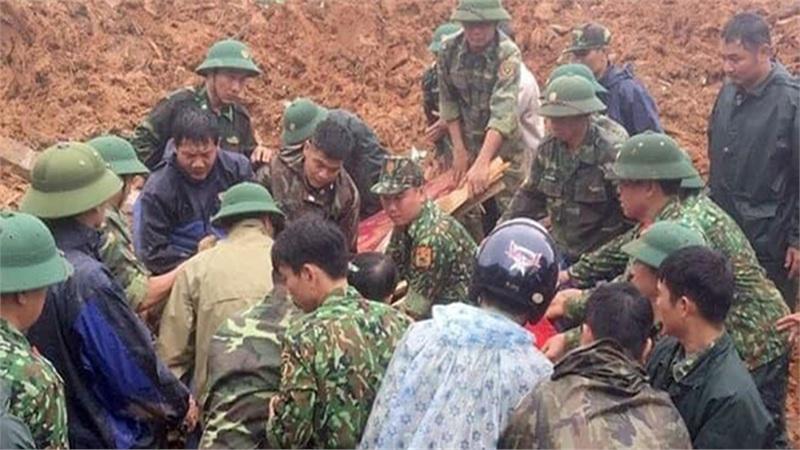 Tìm thấy 14 thi thể quân nhân mất tích vì sạt lở ở Quảng Trị, trực thăng đã sẵn sàng cứu hộ