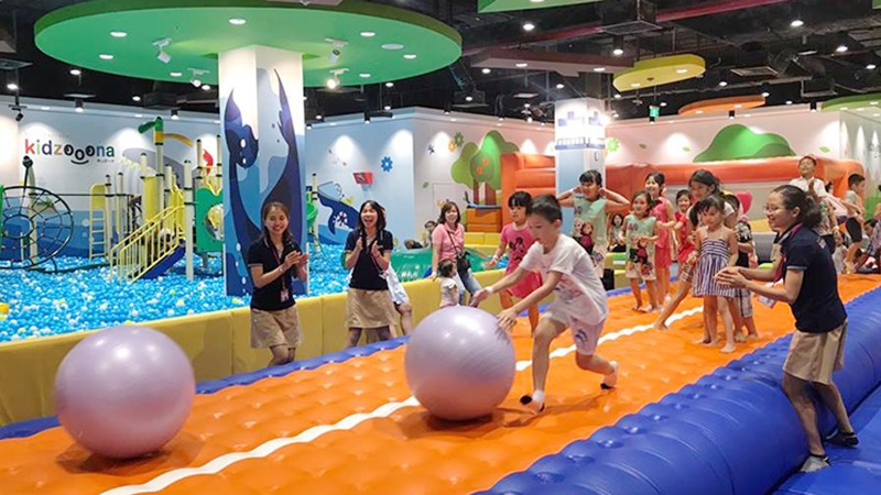 Có gì trong khu vui chơi trẻ em Kidzooona đang cực hot tại Hà Nội và TP.HCM?