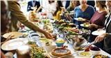 Giới trẻ bật mí các 'chiêu thức' hay ho để 'ăn buffet được nhiều mà không bị lỗ'